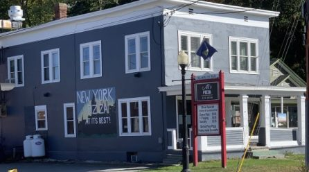 RESIDENCE AND TURN KEY BUSINESS IN VERMONT